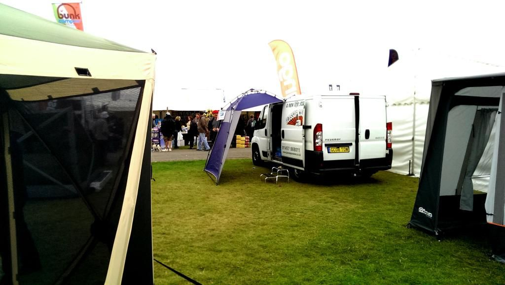The Quest Instant Shelter Glossop Awning Derbyshire