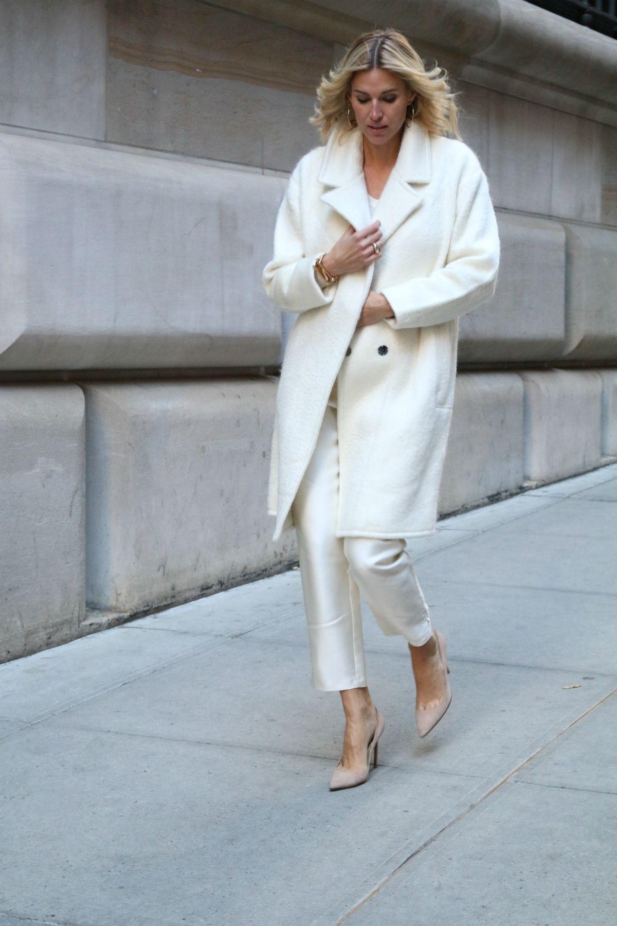 Winter White Debunking The Myth Fashion Luxury Winter White Outfit White Coat Outfit White Winter Coat [ 1800 x 1200 Pixel ]