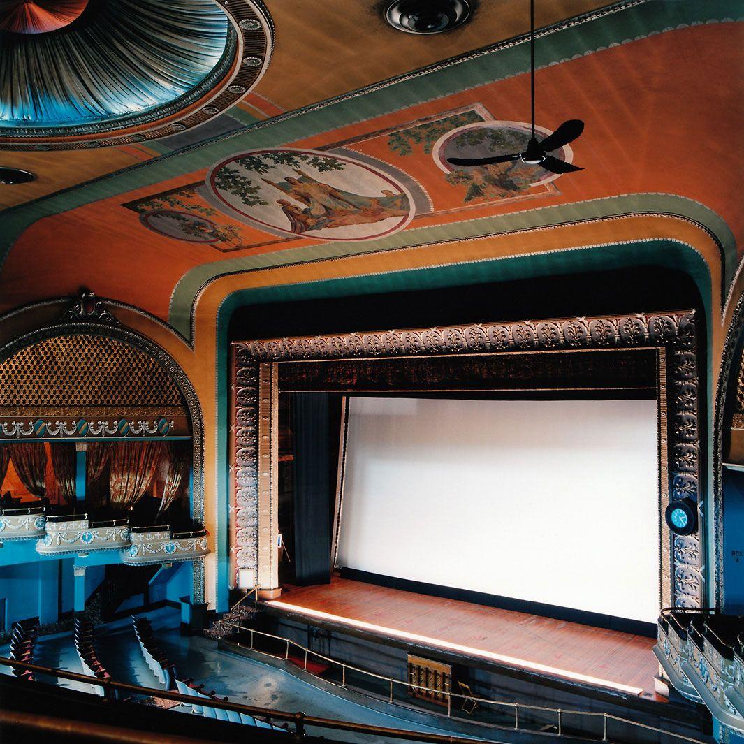 America S Vanishing Historic Movie Theaters Historic Theater Vintage Movie Theater Movie Theater