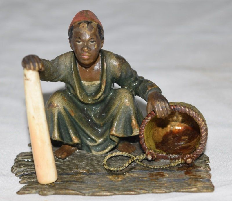Marchand d'ivoire , face - 1
