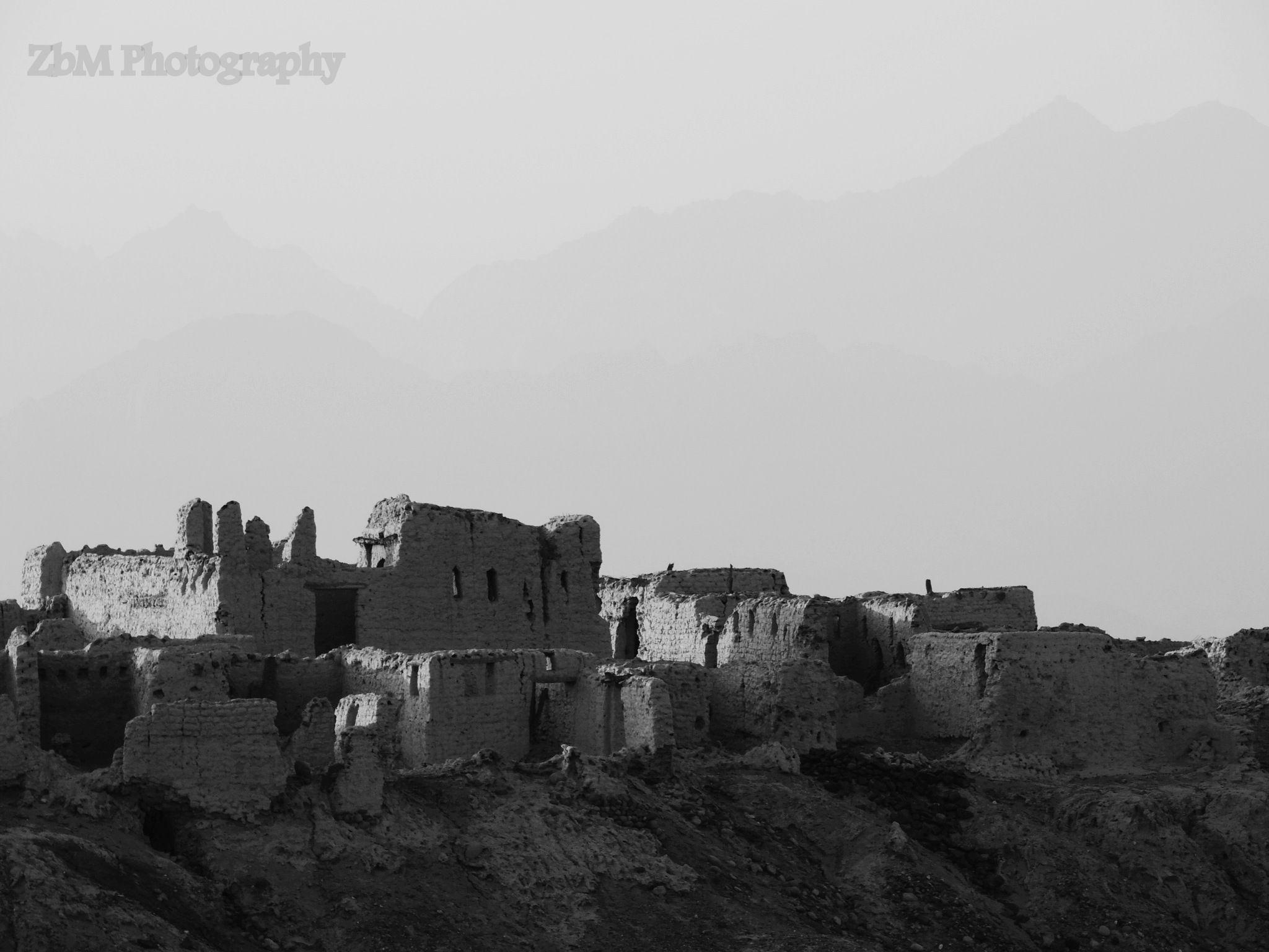 Near the ruins of an old village yanbu al nakhal saudi arabia