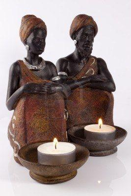 estatuillas-africanas-con-velas