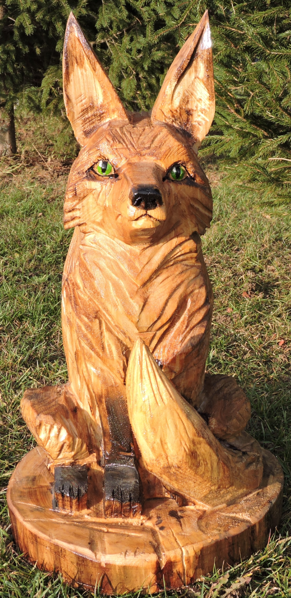 Fox chainsaw carving art yard decoration