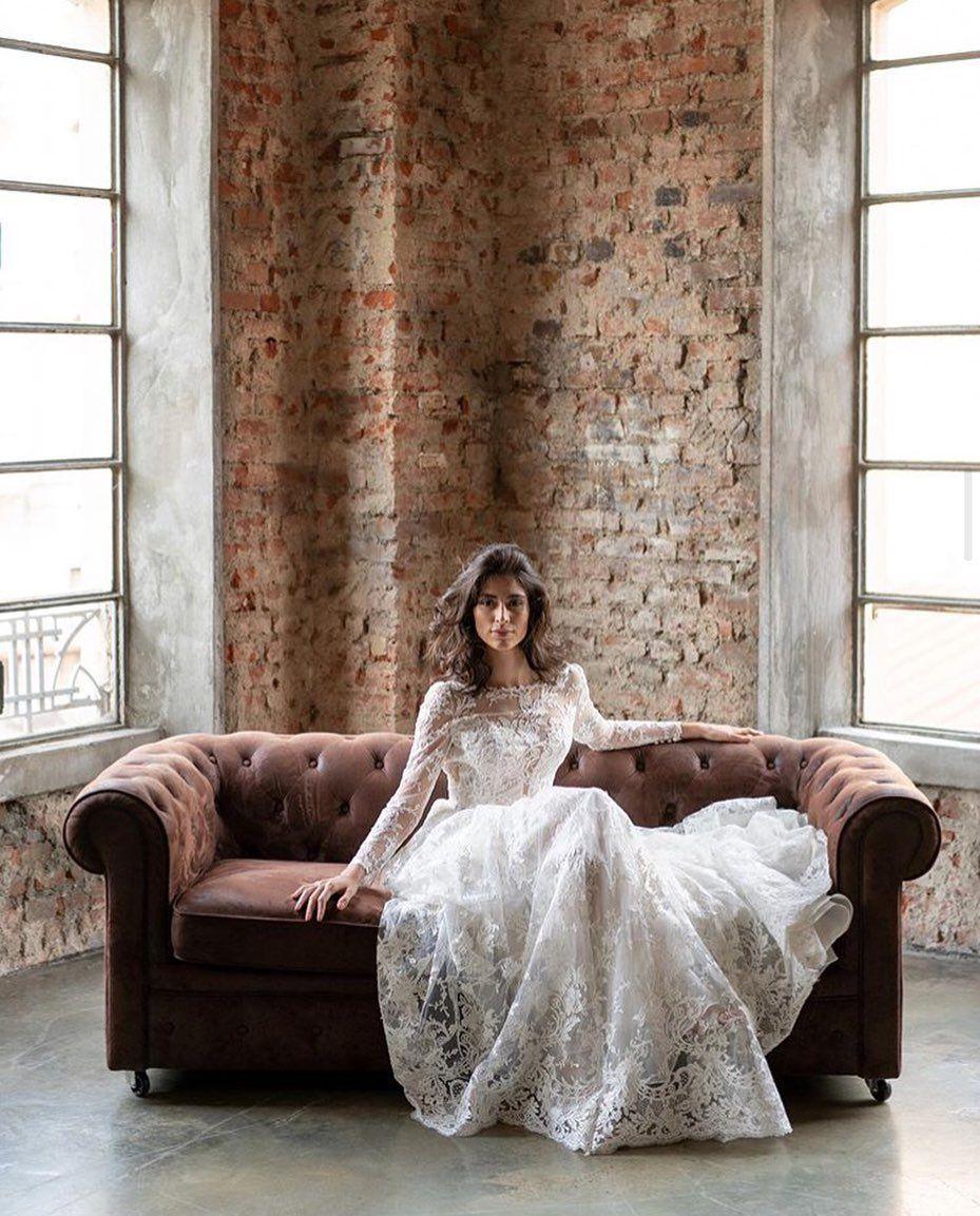 Holly Golightly On Instagram Novia Con Falda De Tul En Chesterton Matteocromo Wedding Weddingdress Bride Bridal Holly Golightly Bridal Dresses Novia