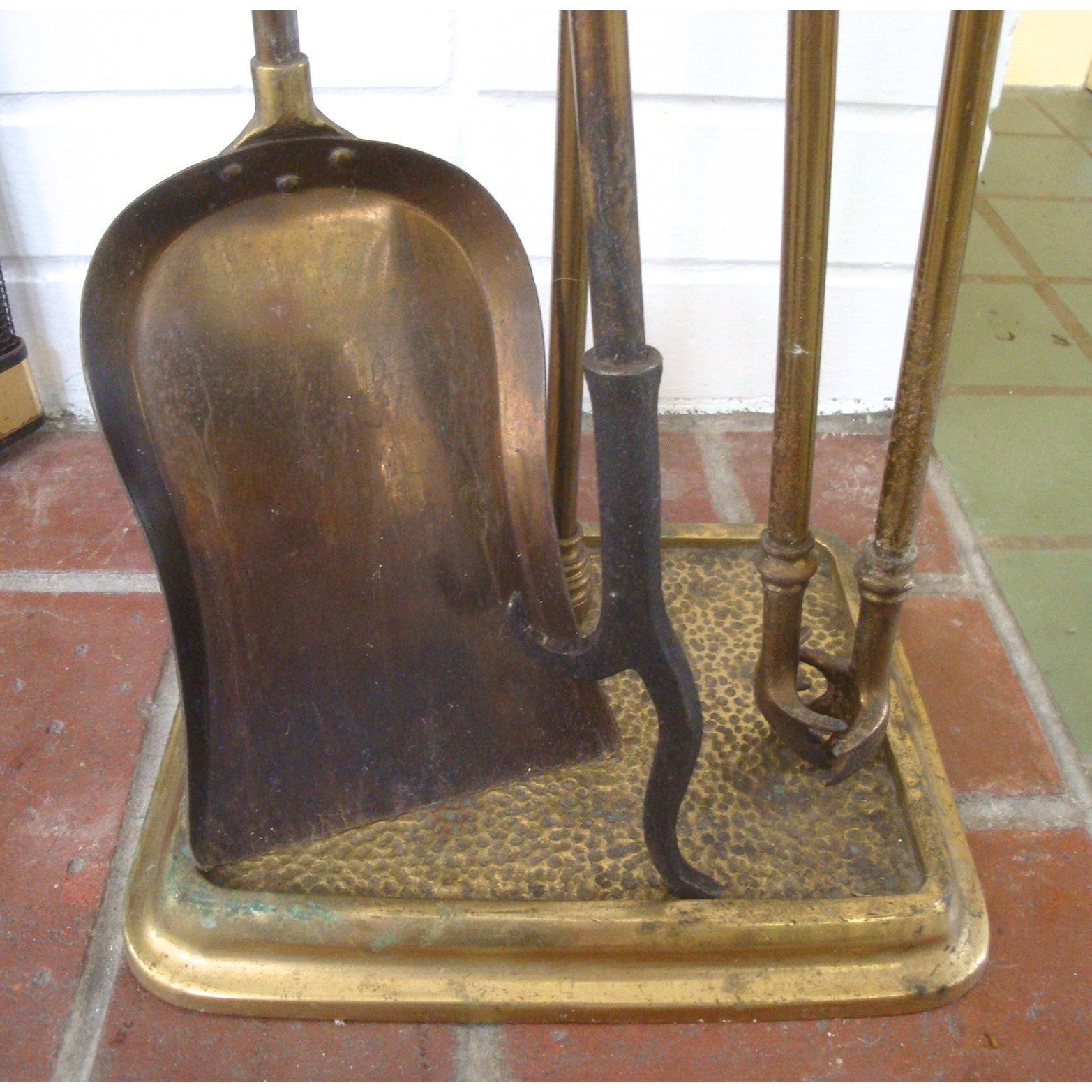 Vintage French Style Fancy Brass Fireplace Tool Set For Sale Image 4 Of 5 Fireplace Tools Fireplace Tool Set Tool Set