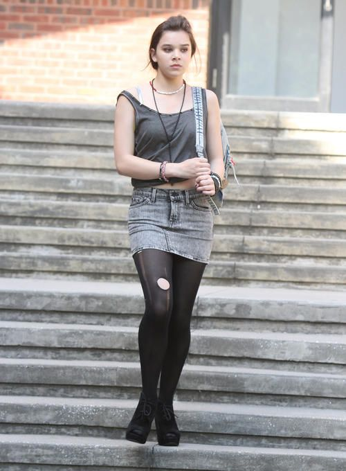 6b79889366 Can A Song Save Your Life?' - Film Set | Hailee | Jean mini skirts ...