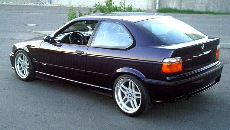 My 97 Bmw 318ti Still Have This One Sitting In My Garage Waiting To Be Restored Ahhh Memories Bmw Compact Bmw 318 Bmw E36 Compact