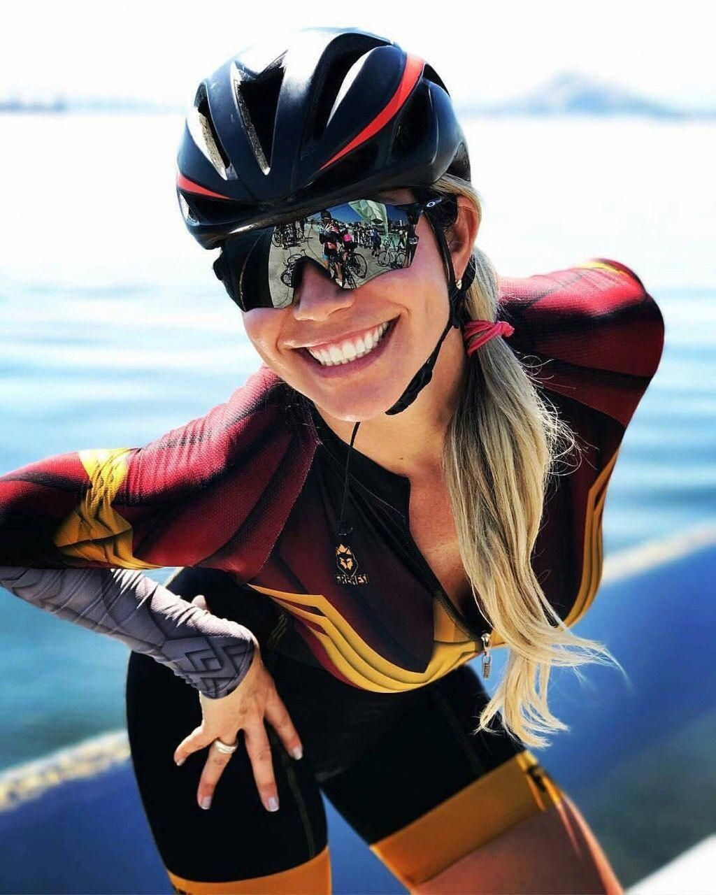 bfc2e8a709 tempting.... great smile..v4o  roadbikecycling Bicycle Women