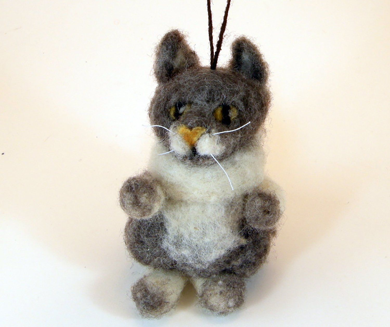 Cat/kitty/grey cat/gray kitty/needle felted cat ornament