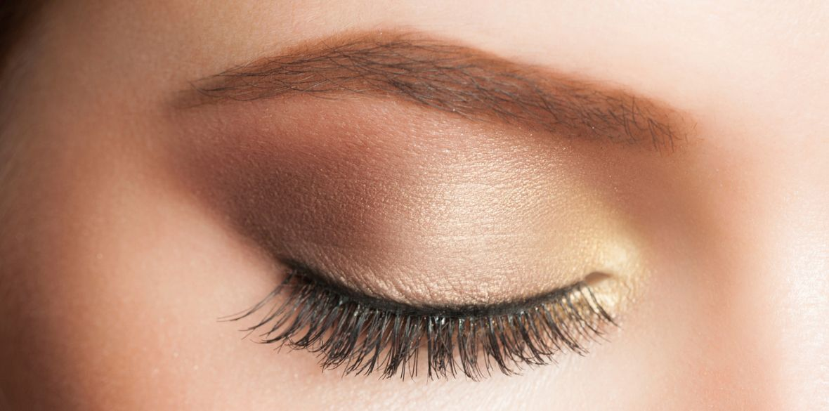 Metallic bronze eyeshadows are all the rage. Check out RunwayToRealway.ca for more beauty and fashion tips!