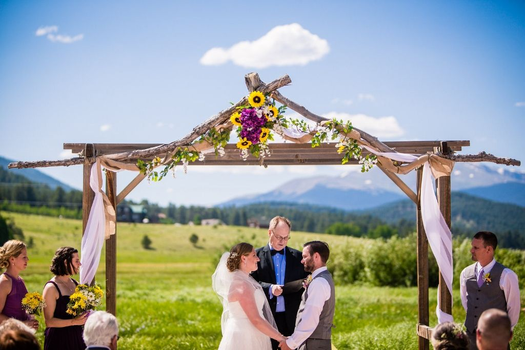 June Mountain Wedding At Deer Creek Valley Ranch Photo By Jm Gant Photography