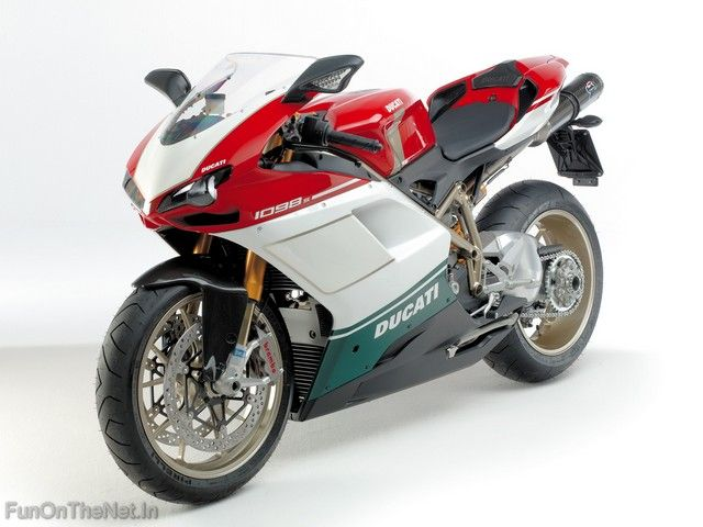 The Ducati 1098 Is A 1099 Cc L Twin Sport Bike Manufactured By Ducati It Was Announced On November 8 2006 For The 2007 Ducati 1098s Ducati Motorcycles Ducati