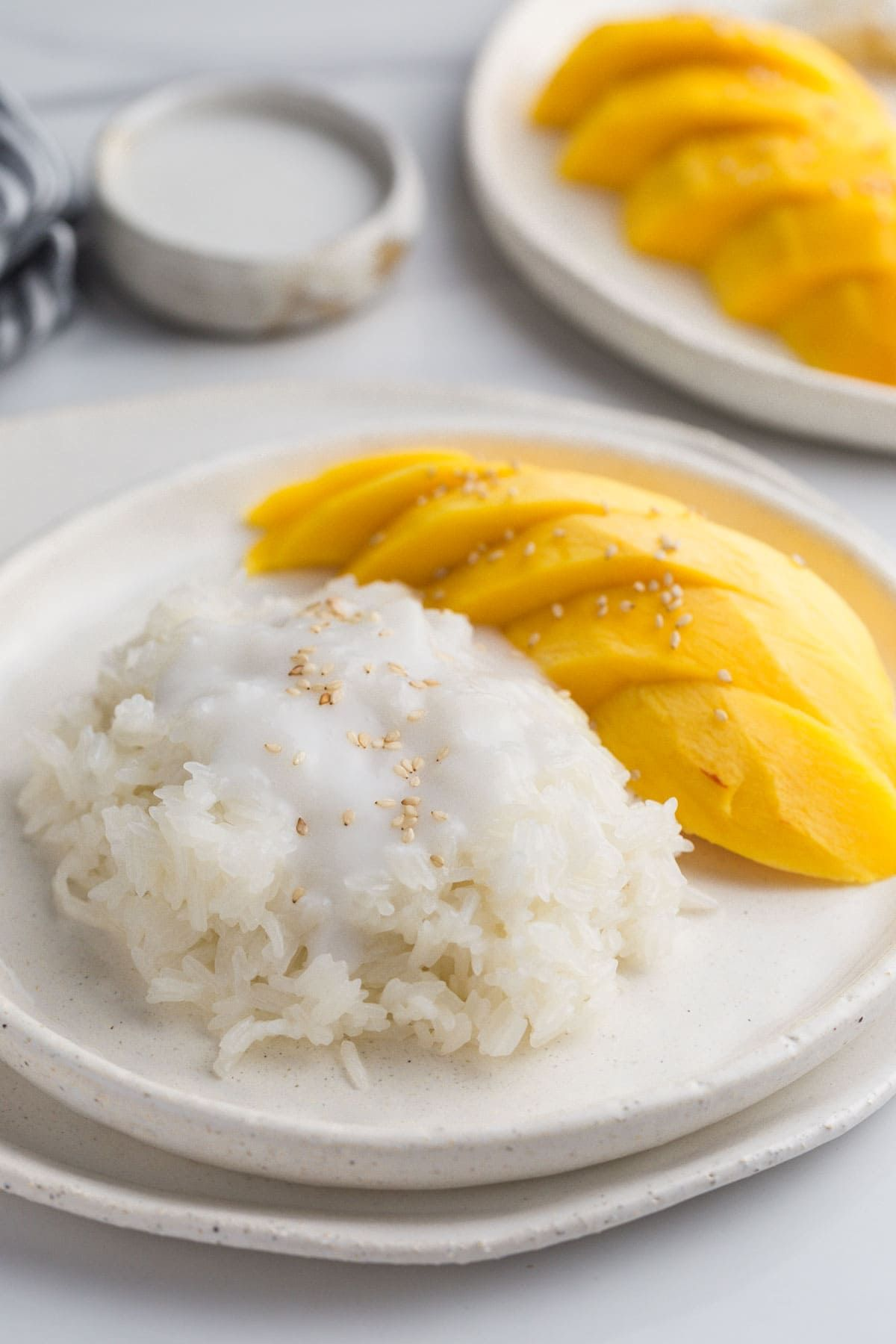 Easy authentic Thai mango sticky rice dessert. Sweet ...