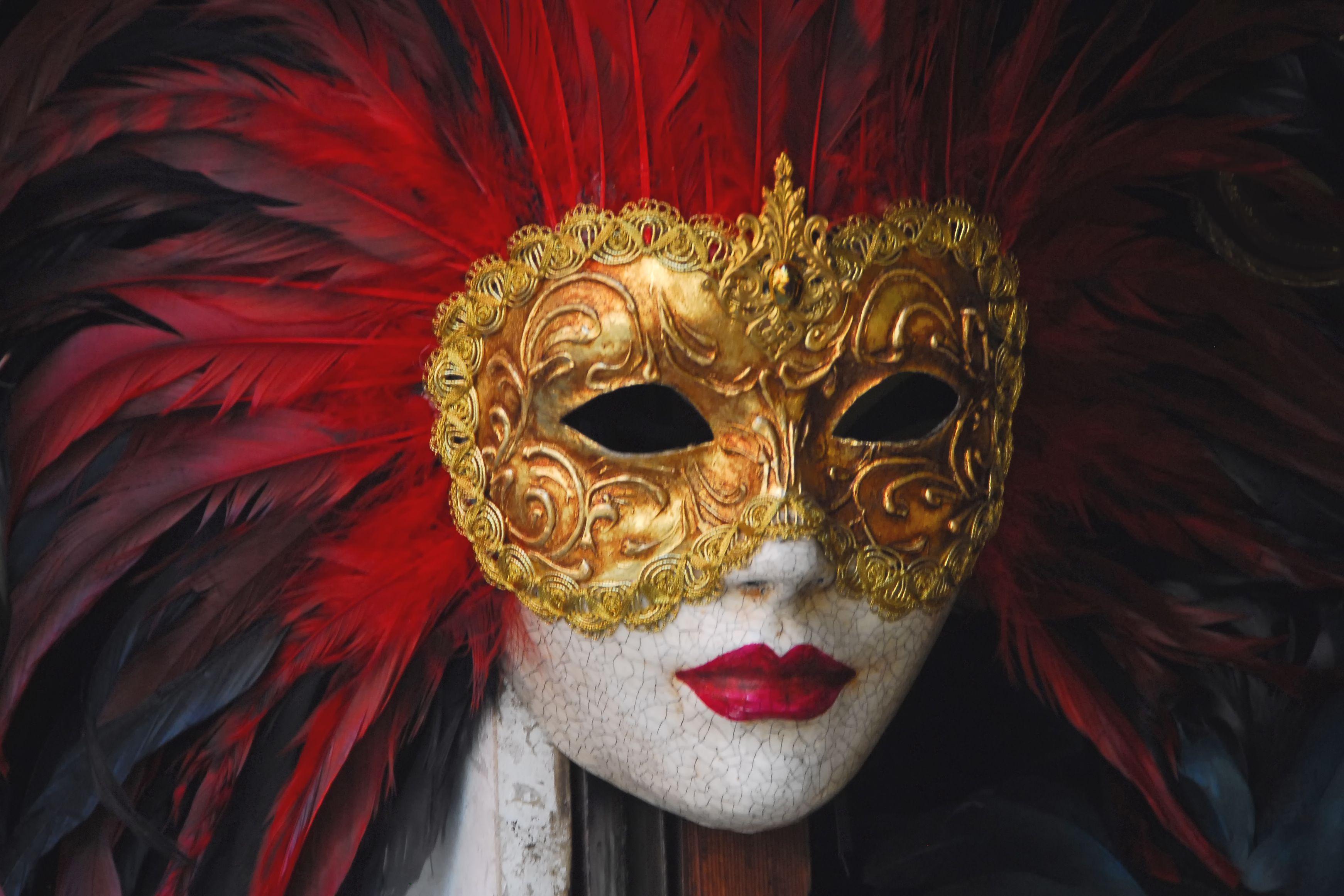 Картинки яркие маски