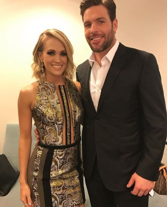 ff404a6980 Carrie Underwood and her husband Mike fisher   Carrie Underwood in ...