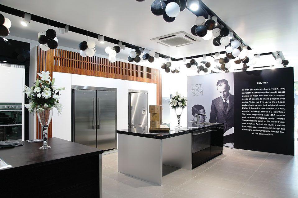 Wall Graphic Kitchen Showroom Showroom Interior Design Home