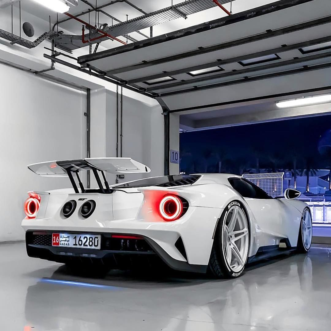 Ford Gt In Uae Photo B Ford Gt Sports Car New Sports Cars