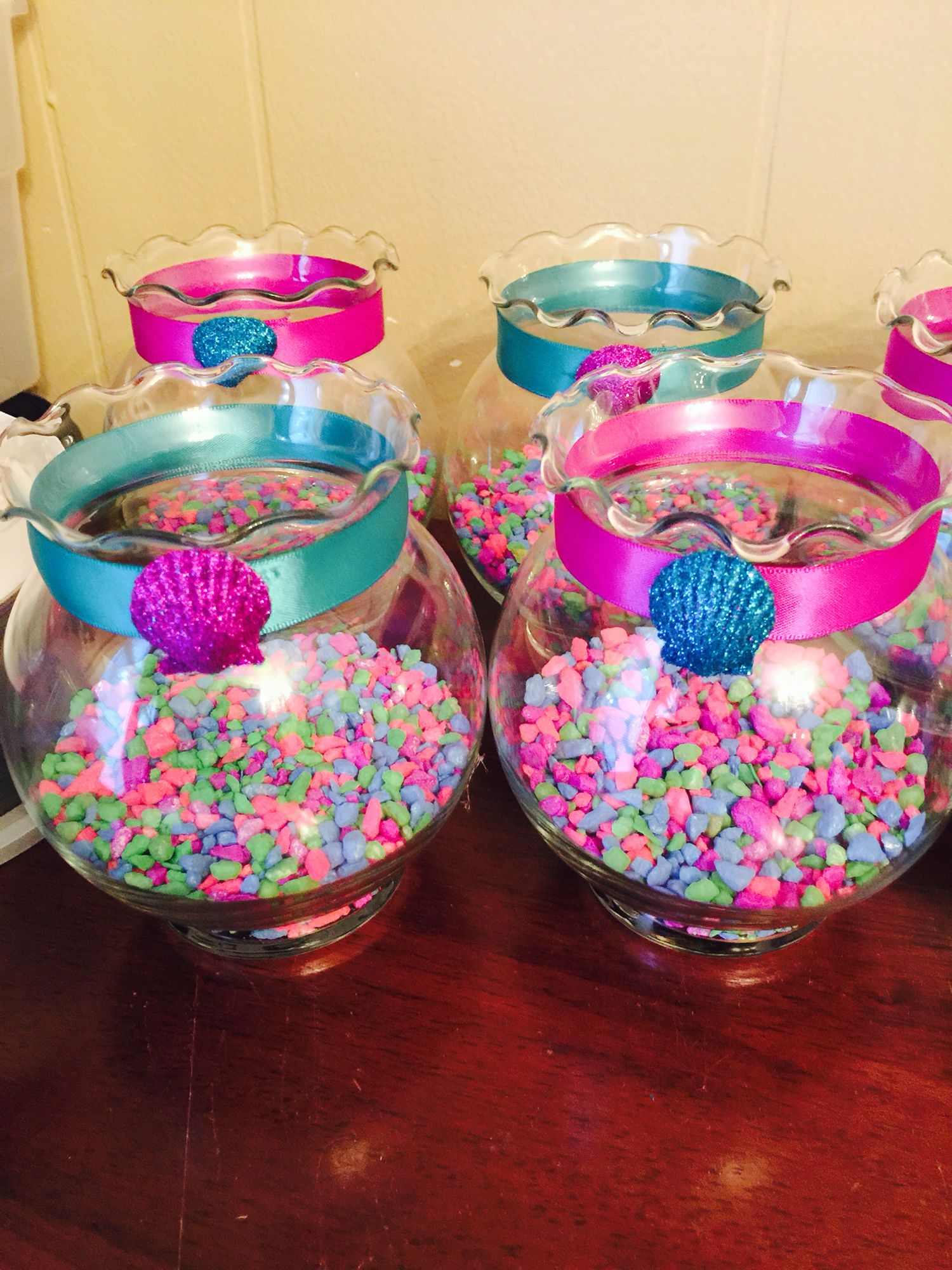 Little mermaid under the sea theme center pieces deja for Fiesta tematica sirenas