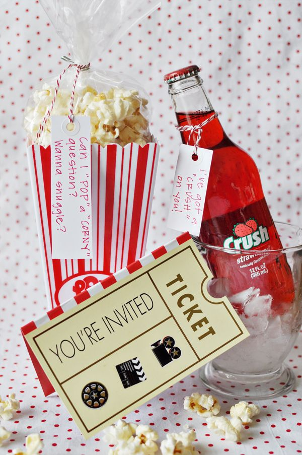 Stay At Home Movie Date Night With A Creative Flair Or A Good Package For Someone Who Lo Inexpensive Valentines Day Ideas Pinterest Valentines Valentine Gifts