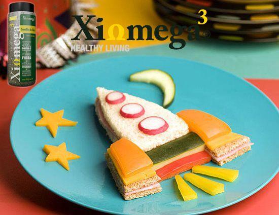 Haz que la comida de tus hijos sea más divertida.  ¡No olvides agregar chía de Xiomega!