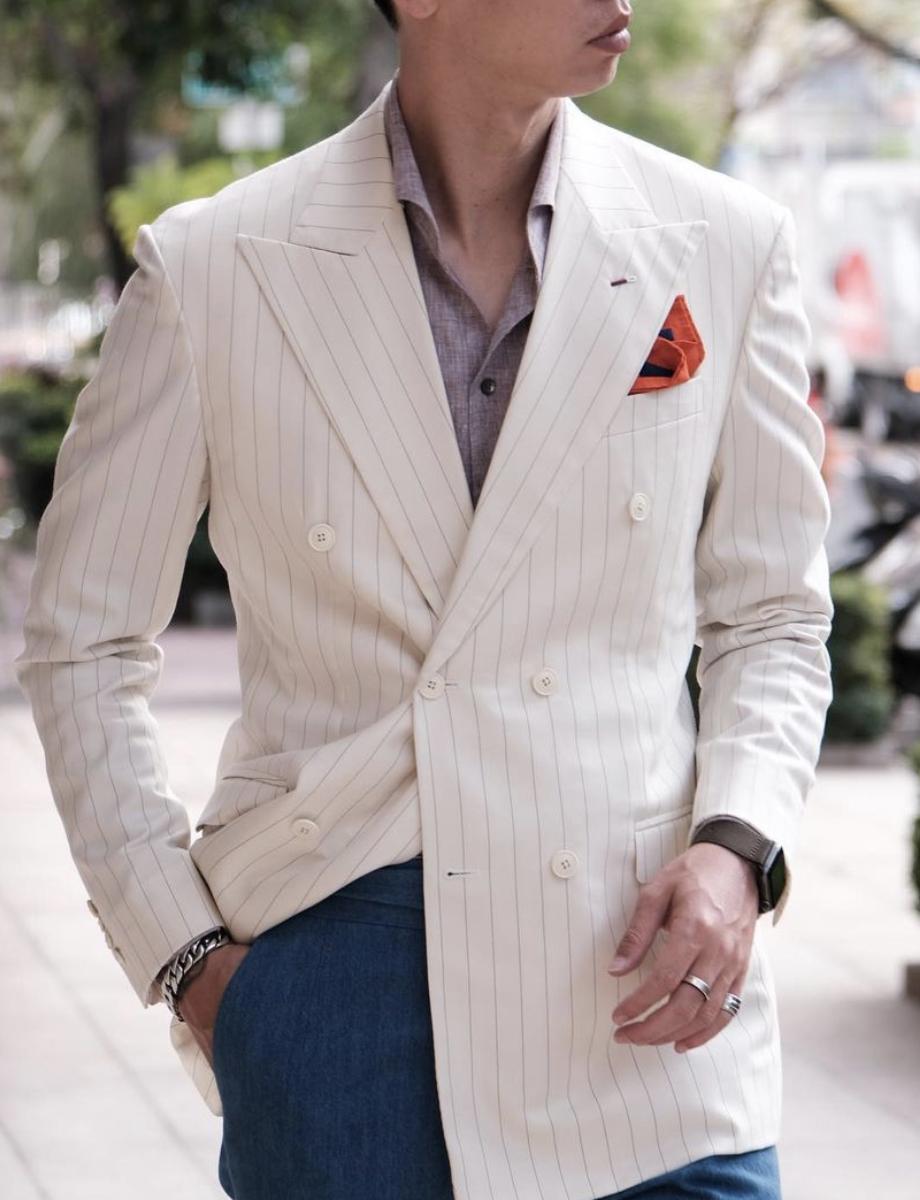 Dapper Gentleman Style   White Pinstripe Blazer Outfit   Giorgenti Custom  Suit Brooklyn   Dapper gentleman style, Trendy suits, Pinstripe suit
