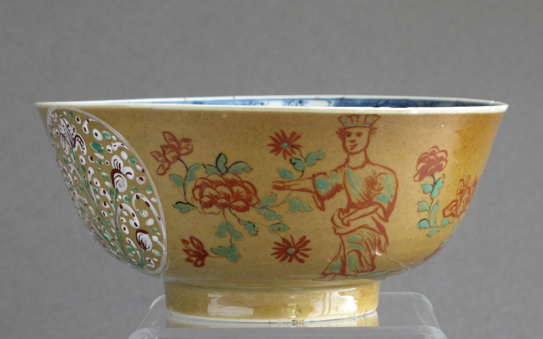 A Rare And Early Example Of A London Decorated Chinese Kangxi Period Bowl C1700 10 When Imported Into England The Bowl Had A Sim Bowl Chinese Porcelain Decor