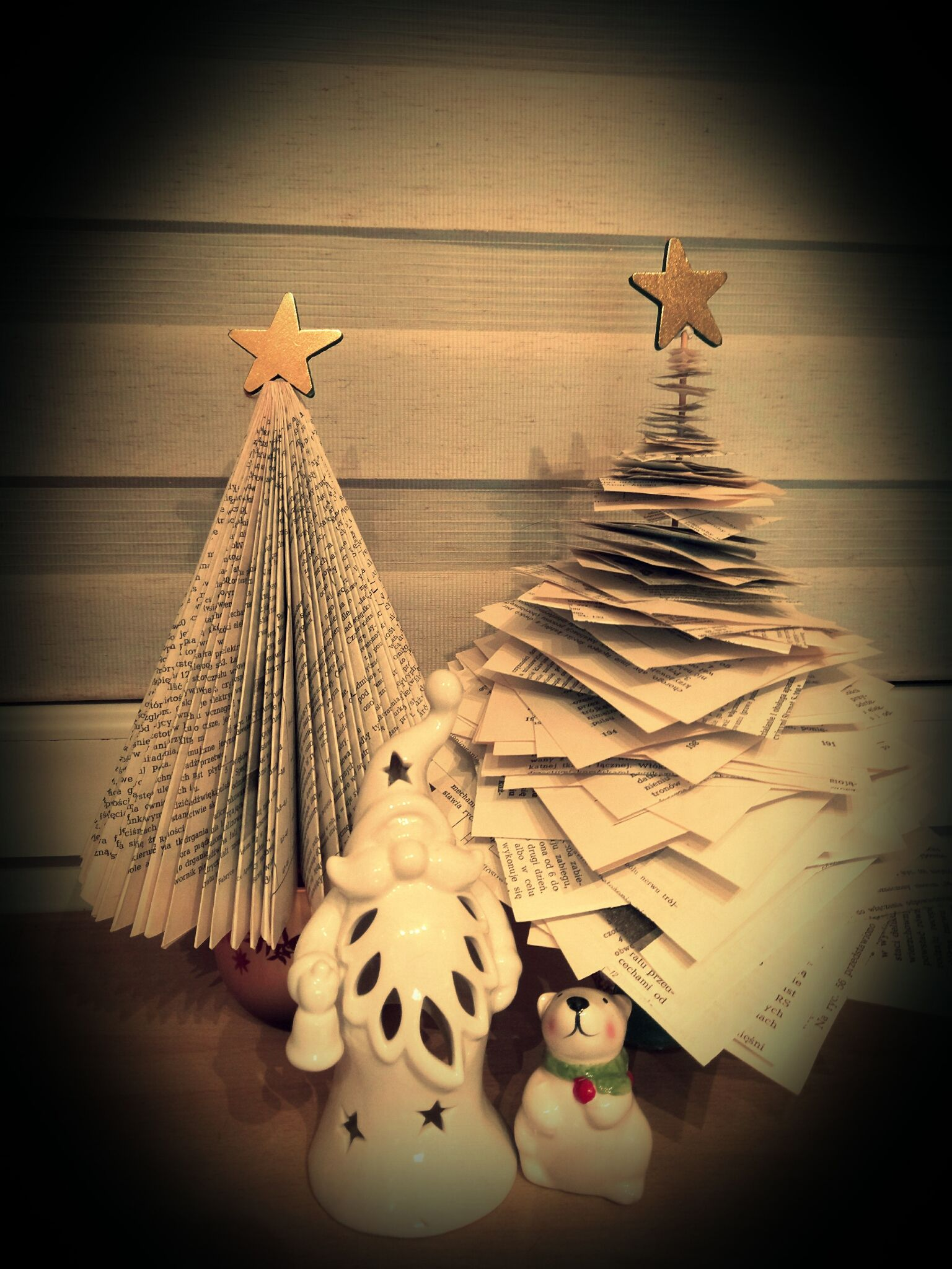 paper christmas trees crafts Pinterest