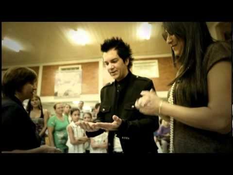 A MINHA FAMÍLIA Video Clip Oficial de Regis Danese FAMÍLIA