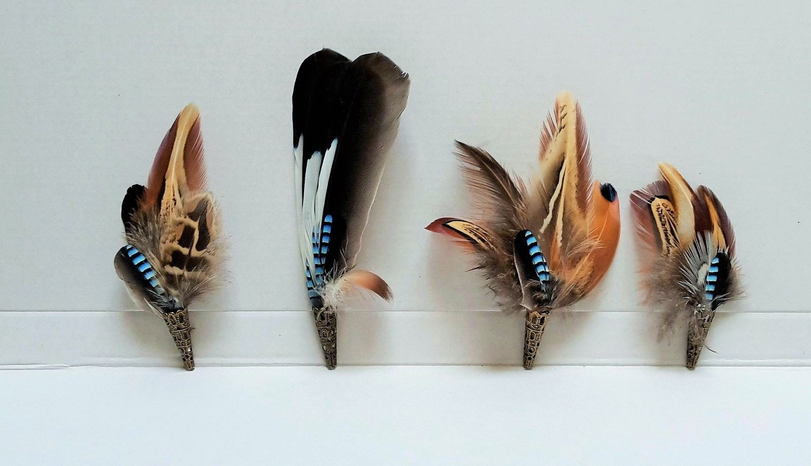 DUCK FEATHER SHOOTING LAPEL COUNTRY WEAR PIN HAT BROOCH