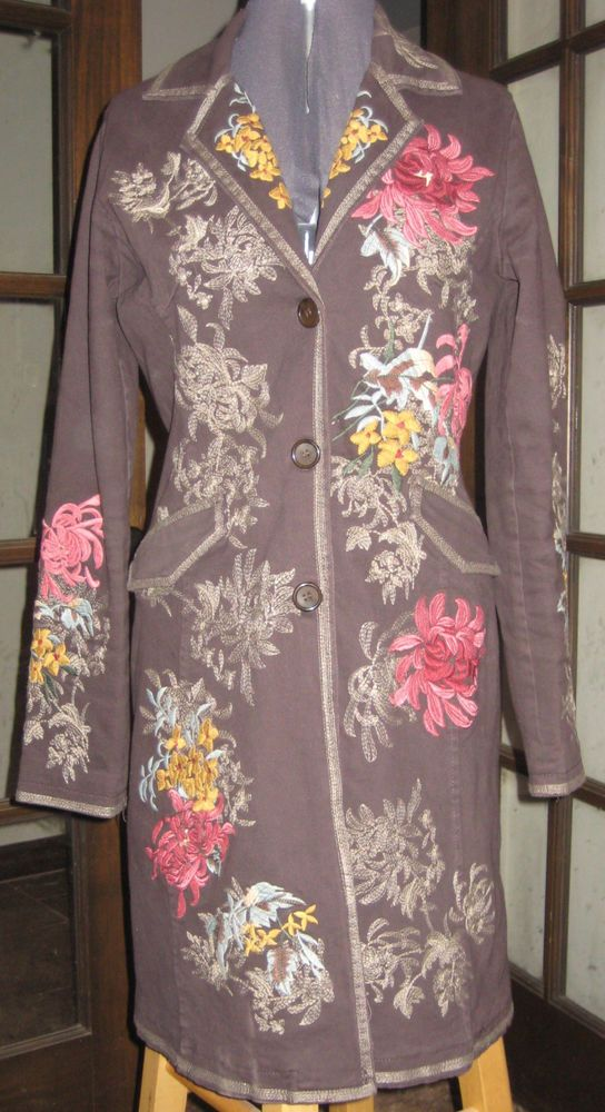 Paparazzi Stunning Embroidered Coat Jacket Size Small