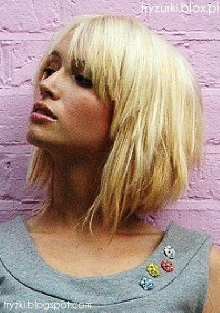Seksowny Blond Z Grzywką średnie Włosy 2013 Sexy Medium