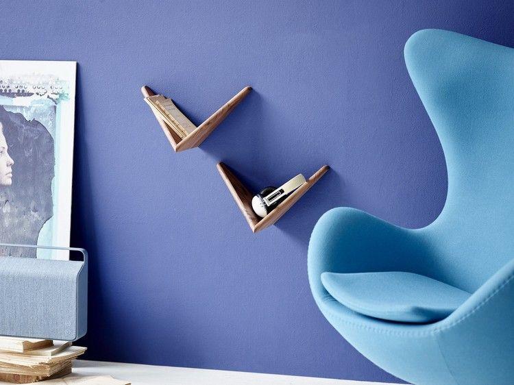 meuble salon design et étagères murales Papillon en noyer massif par