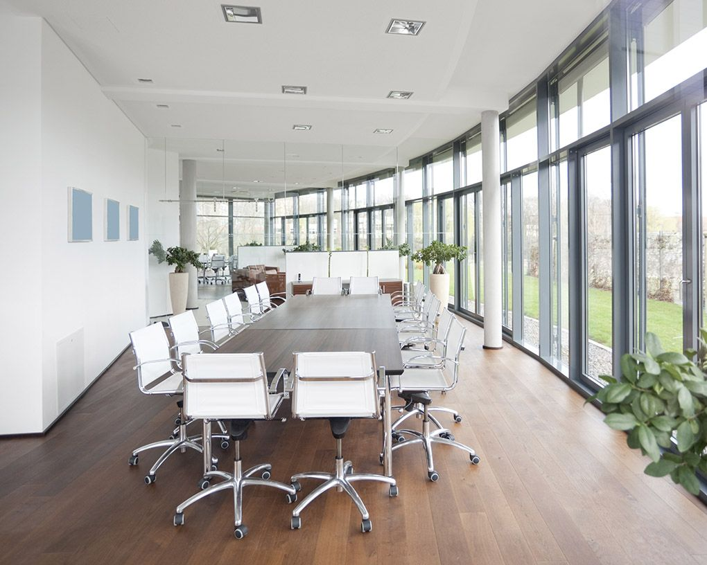 Vinyl vs Laminate Flooring Which Is The Best For You