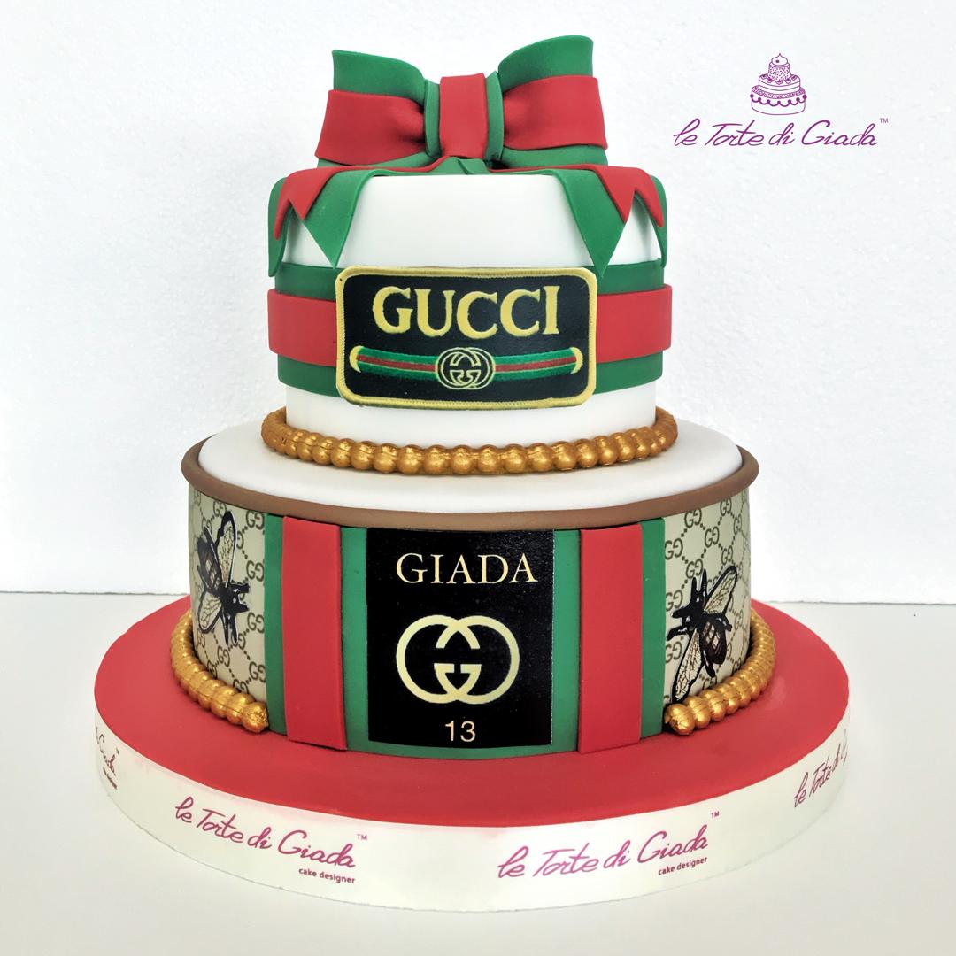 Fashion cake Gucci forever , happy birthday bolo de bolas  www.tortedigiada.com