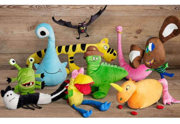 Crianças criam uma linha fantástica de brinquedos com seus desenhos