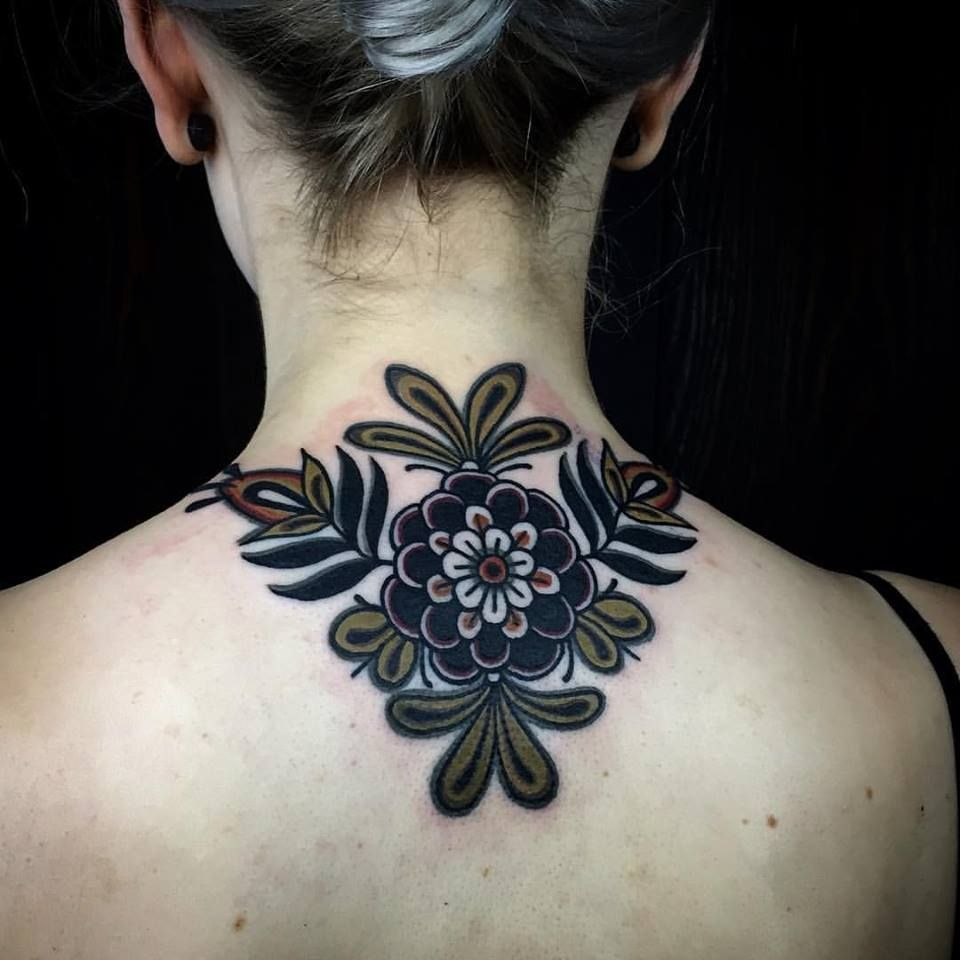 The Dark Traditional Work Of Esther De Miguel Flower Neck Tattoo Traditional Tattoo Flowers Back Of Neck Tattoo