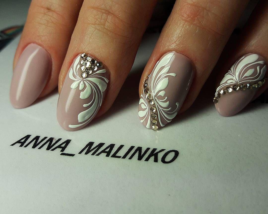 Pin de Kinga en Manicure | Pinterest | Diseños de uñas, Anna y Arte uñas