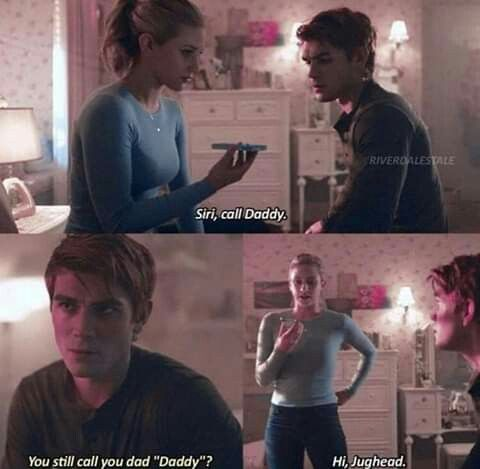 Pin By Rosa Clementsen On Thinking Riverdale Funny Riverdale Memes Bughead
