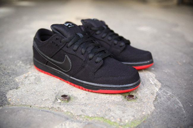 new arrivals 97687 97957 Levi s x Nike SB Dunk Low Pro