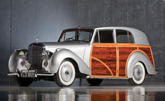 1950 Bentley Mk VI Countryman by Harold Radford | Vintage Motor Cars of Meadow Brook 2010 | RM AUCTIONS