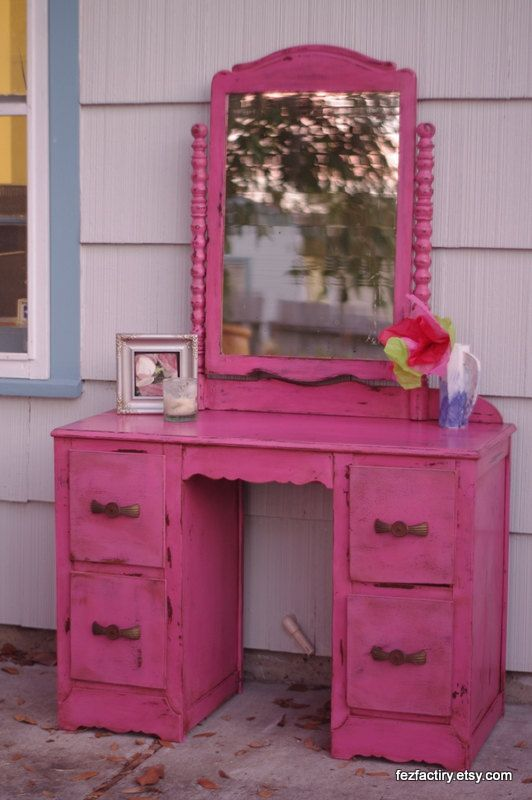 Distressed Antique Pink Jenny Lind Style Dresser With Mirror