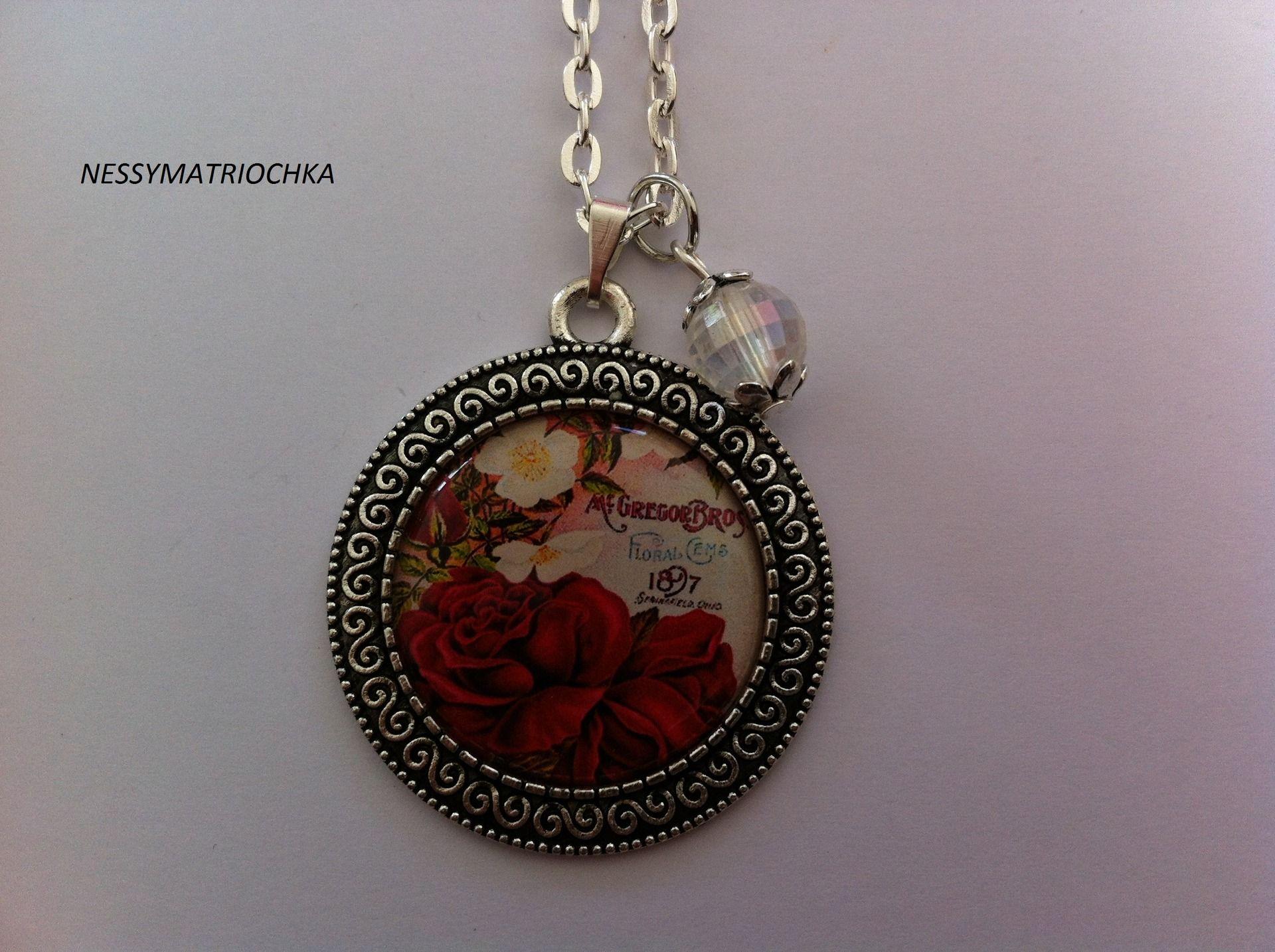Collier Avec Pendentif En Argent Vieillit Fleur Rose Rouge Collier