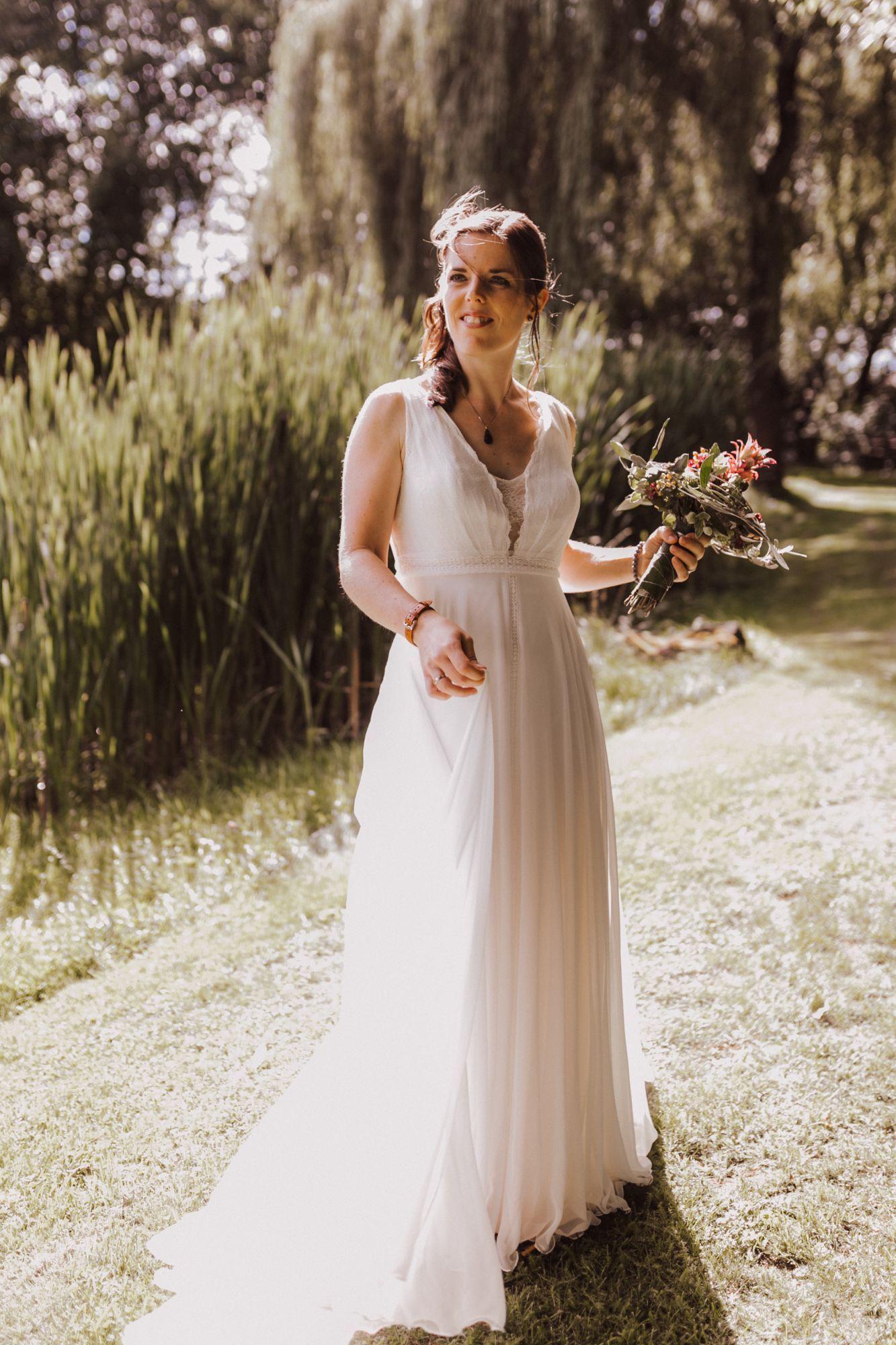 Brautkleid Feminine Rembo Styling Gebraucht 15 Euro VHB  Kleid