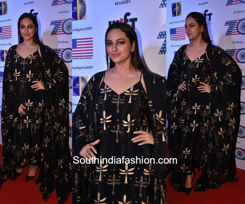 Sonakshi Sinha in House Of Masaba   For a recent event actress Sonakshi Sinha picked a black and gold kaftan style outfit by House Of Masaba. She paired up her outfit with black ankle strapped heels and accessorized with jewelry by Silver Streak Store. Minimal make-up and center parted sleek hair finished off her look.  The post Sonakshi Sinha in House Of Masaba appeared first on South India Fashion.  from South India Fashion…