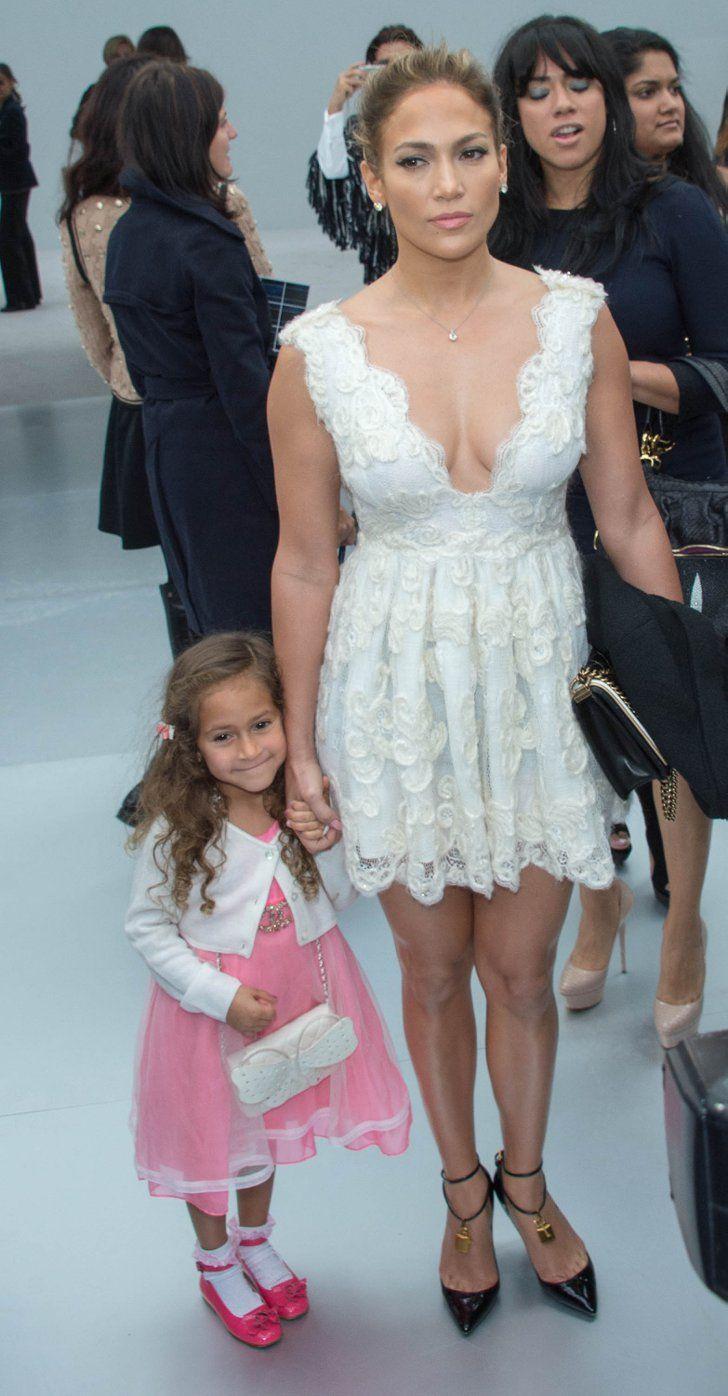 Meet Hollywood s Mini Mes Jennifer Lopez and Emme Muñiz Jennifer Lopez and  her look-alike daughter 71c1ec1b74613