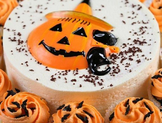 includes simple halloween cake ideas and easy is the way to go