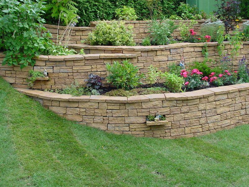 Bildergebnis für garten böschung gestalten Garten Pinterest - sitzecke im garten mit steinmauer