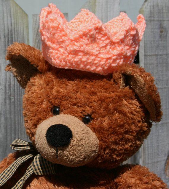 Baby crown crochet Newborn Photo Prop Custom by Loopedwithlove4U, $6.00