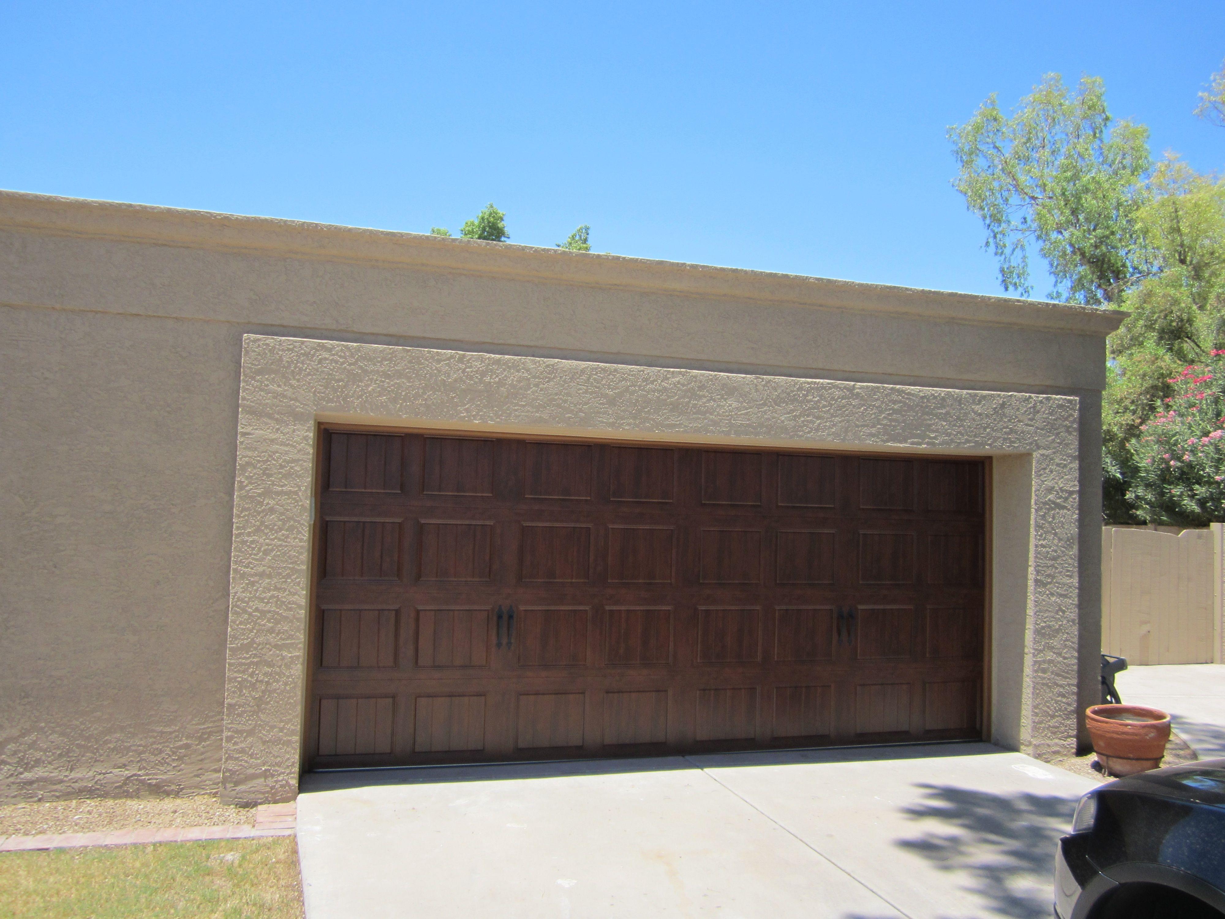 A1 Garage Door Service Llc In Milwaukee Wi Garage Service Door Garage Doors New Vines