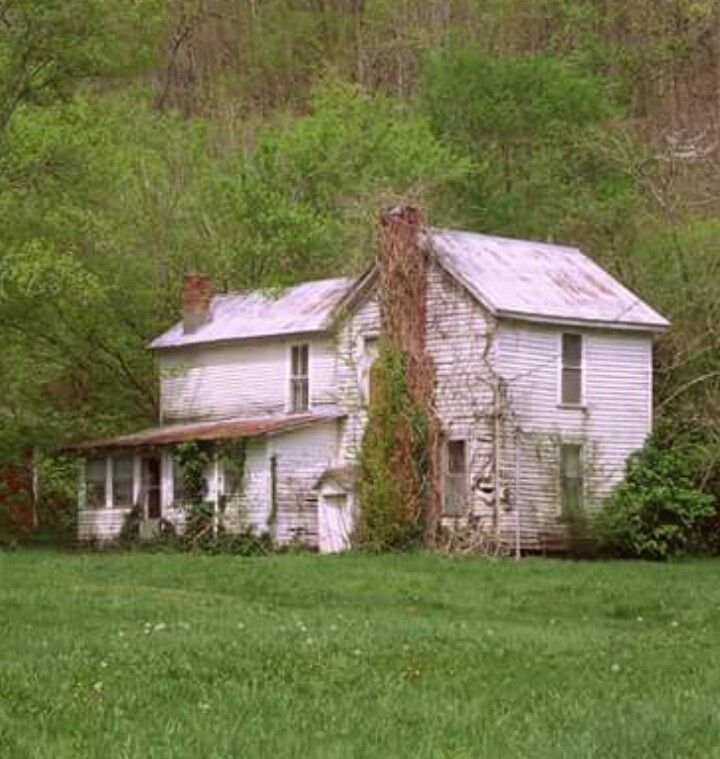 Creepy Old Houses, Abandoned Mansions
